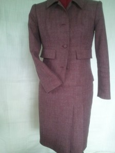 Vogue pattern Jacket V8161 violet bordo