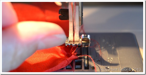 The days of this sewing machine - Husqvarna Viking Emerald 203 - are really counted...