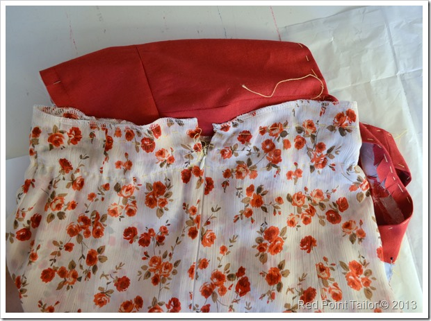 The red summer dress–wearable muslin