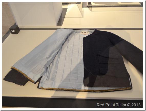 The Chanel Legend exhibition The Gemeentemuseum Den Haag iconing jacket inside