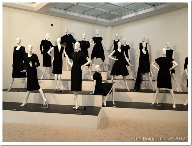 The Chanel Legend exhibition The Gemeentemuseum Den Haag LBD Little Black Dress