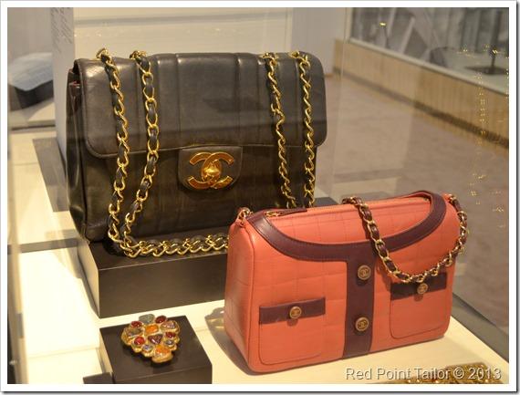 The Chanel Legend exhibition The Gemeentemuseum Den Haag accessories