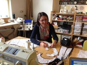 Bij Saskia atelier - Beata - Red Point Tailor woring on the project