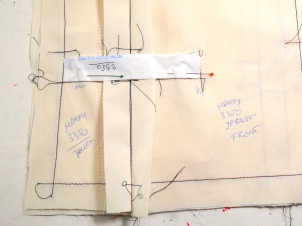 New couture challenge - Jacket by Marfy 3350 - working on muslin - checking a pocket